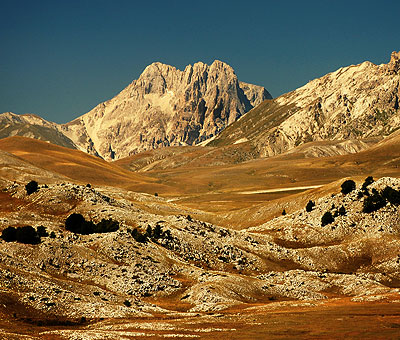 Places to visit in Italy, the mountains of Abruzzo.