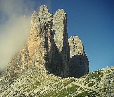 Places to visit in Italy, the spiky mountains in the Dolomites
